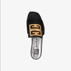 GIVENCHY 4G SANDALS IN GRAINED LEATHER